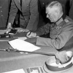 Le maréchal Wilhelm Keitel signe la capitulation de la Wehrmacht.
