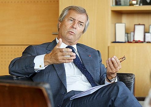 Vincent Bolloré, industriel et homme d'affaires français, président directeur général de Havas, le 6ème groupe de communication mondial, il dirige également le groupe d'investissements familial Bolloré. Il répond à une interview du Figaro, depuis son bureau, dans les locaux de Bolloré Média, au siège du groupe.